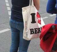Tote bages become high fashion in Berlin
