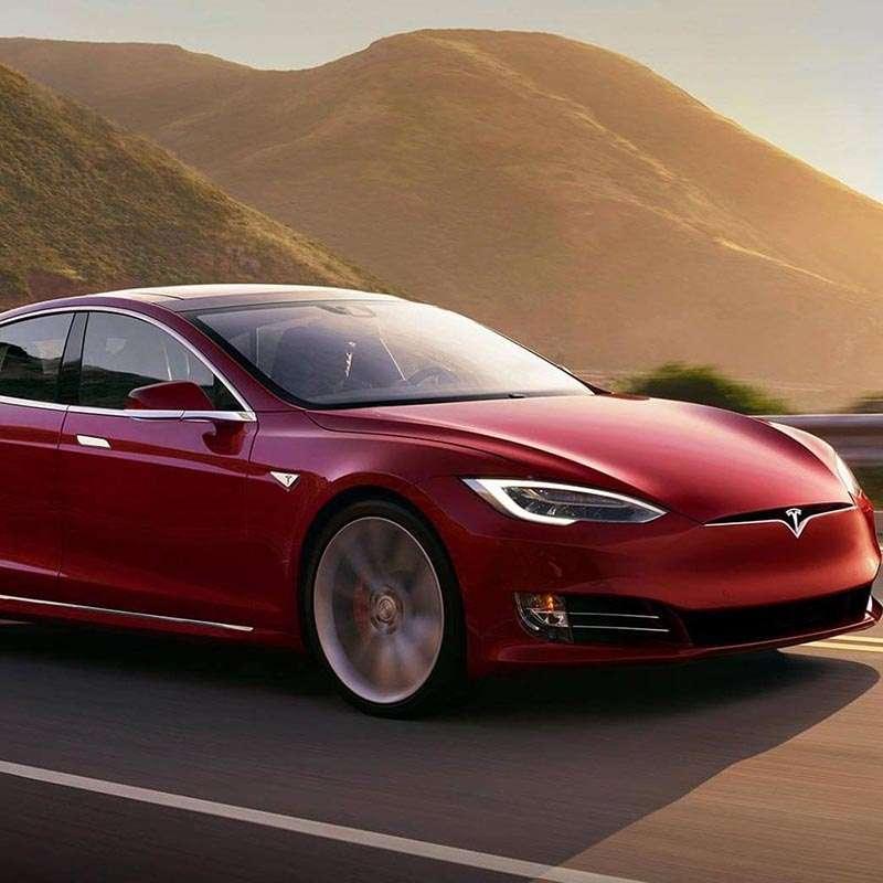 Tesla's Sexy Eco-branding